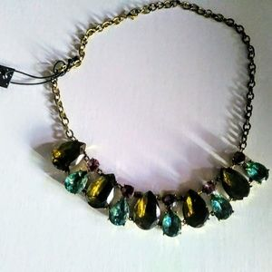 Jewelry - NWT Big colorful gem statement necklace